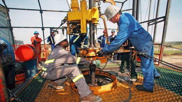 работы по бурению нефтяных и газовых скважин