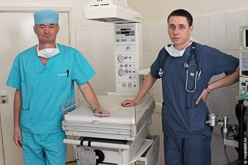 «Кювез» – кровать с подогревом, с опцией рентгеноконтроля для интенсивной терапии детей (ростом не более 60 см)
