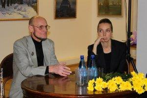 С заслуженным художником России Олегом Пахомовым (1950-2012) на открытии его персональной выставки в 2010 году