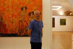 Художник Юрий Соломкин на открытии своей персональной выставки в 2011 году