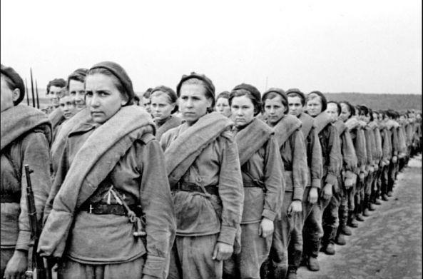 женщина. война