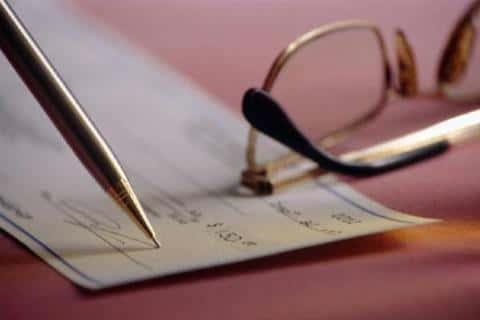 Условия финансовых расчетов, которые будут проводиться через банк, должны быть оговорены заранее