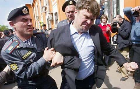 Депутат Государственной думы Митрохин выступал за то, чтобы обманутые дольщики не получили жилье