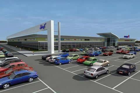 Выбор места дял торгового центра должен происходить с оринтацией на наличие места для парковки