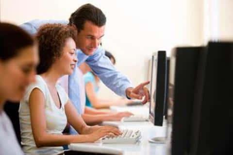Для приобретения навыков девелопера можео записаиься и пройти специальные образовательные курсы