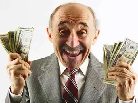 Деньги инвесторов и дольщиков были несколько раз переведены с одного сечта на другой в рвзных компаниях