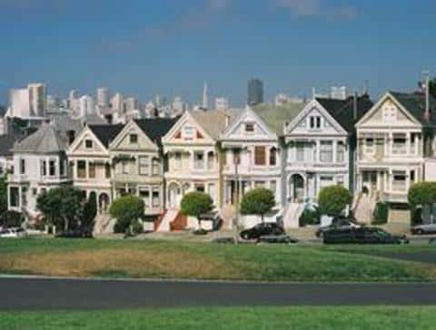 Для работы с зарубежной недвижимостью прийдется пройти образование по дополнительным параметрам