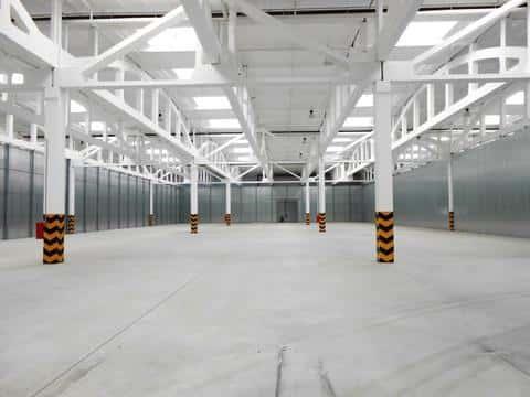 Складские помещения принято классифицировать по их функциональному назначению