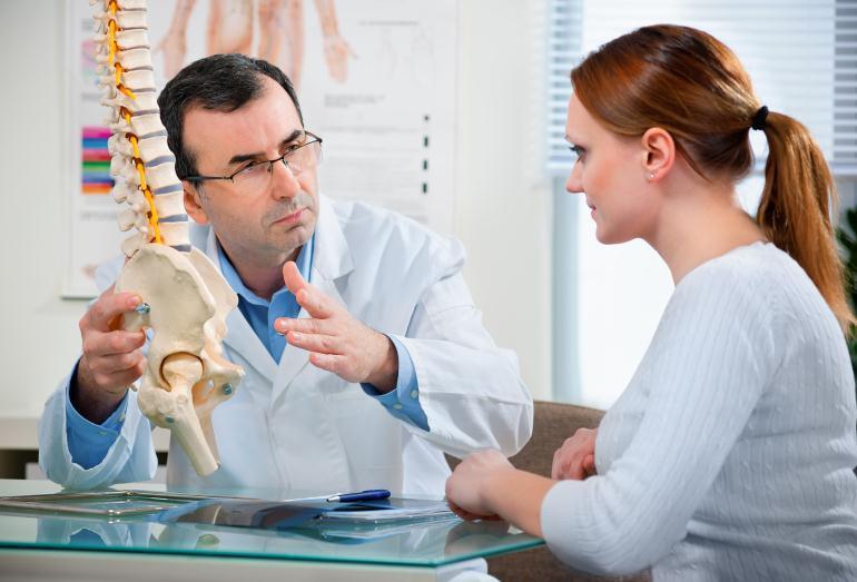 На приеме у нейрохирурга