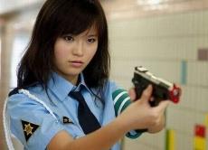 как стать полицейским девушке