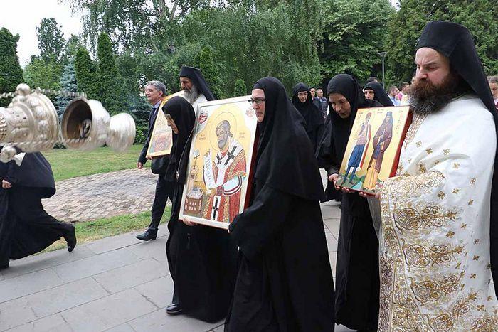 Прославление святых новомучеников в Белграде