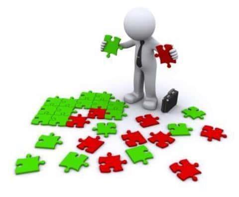 Решение о выдаче кредита андеррайтер принимает на основе всех имеющихся данных