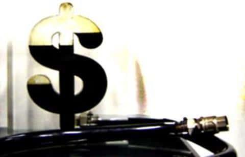 За выпуск ценных бумаг, Комиссия по ценным бумагам и биржам США взымает с эмитента пошлину