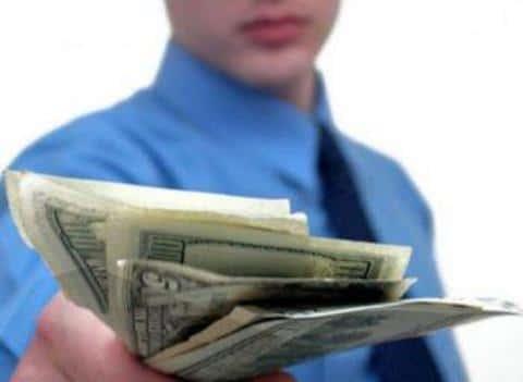 Андеррайтер открывает клиентам доступ к большому выбору кредиторов внутри страны и за границей