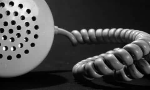 В обязанности андеррайтера входит обязательный обзвон родственников и мест арвботы клиента