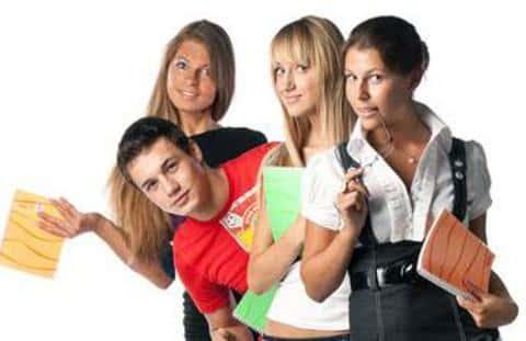 Абсолютное большинство андеррайтеров составляют молодые специалисты возрастом до 30 лет