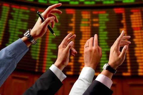 Если на рынке не будет спроса на ценные бумаги, их обяхан выкупить андеррайтер в полном объеме