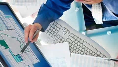 Андеррайтер занимается аналитическим анализом и оценкой рисков, которые компания берет на себя