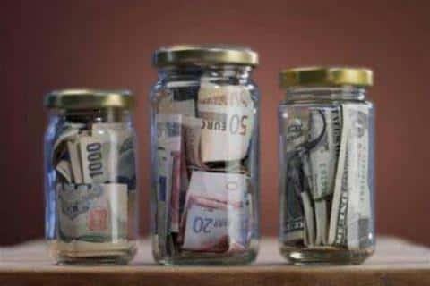 По закону, кредитная органиация обязана создать материальный резерв для покрытия обязательств
