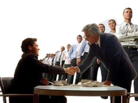 При выборе специалистов для участия в проекте, главное не ошибиться в выборе кадидатов