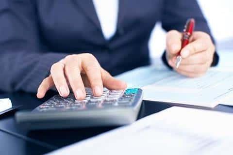 Также в девелоперском проекте должны быть подсчитаны все расходы на оформление сопутствующей документации