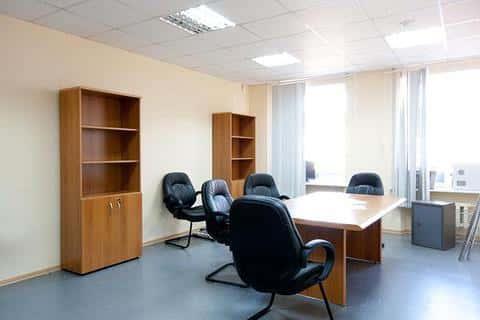 Архитектура офисного здания не имеет значение, более важным будет соблюдение установленных норм