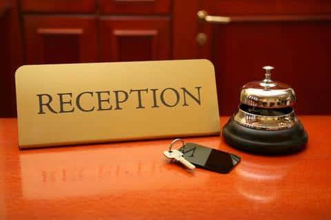 Удобно, когда бизнесмены, прилетающие на конференции, могут остаться в гостиннице, предусмотренной здесь же