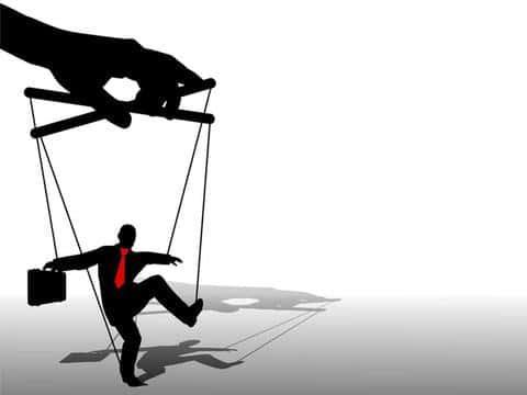 Застройщики могут манипулировать услоаиями, в силу того, что рынок девелопмента еще не насыщен