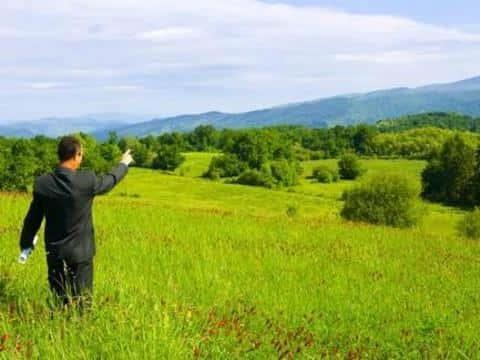 Застройщиком обязательно должен быть только тот человек, у которого есть право собственности на землю
