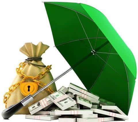 При наступлении страхового случая, страховая компания должна выплатить средства по договору