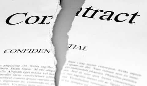 Договор с застройщиком может быть растрогнуть по инициировании любой из строн