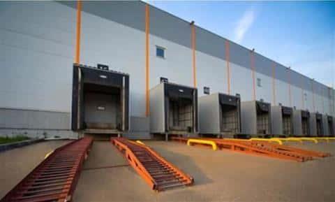 В 2000-х годах самыми известными, зданными в эксплуатацию проектами, стали склады Белая Дача