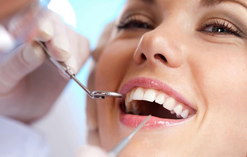 когда празднуют день стоматолога