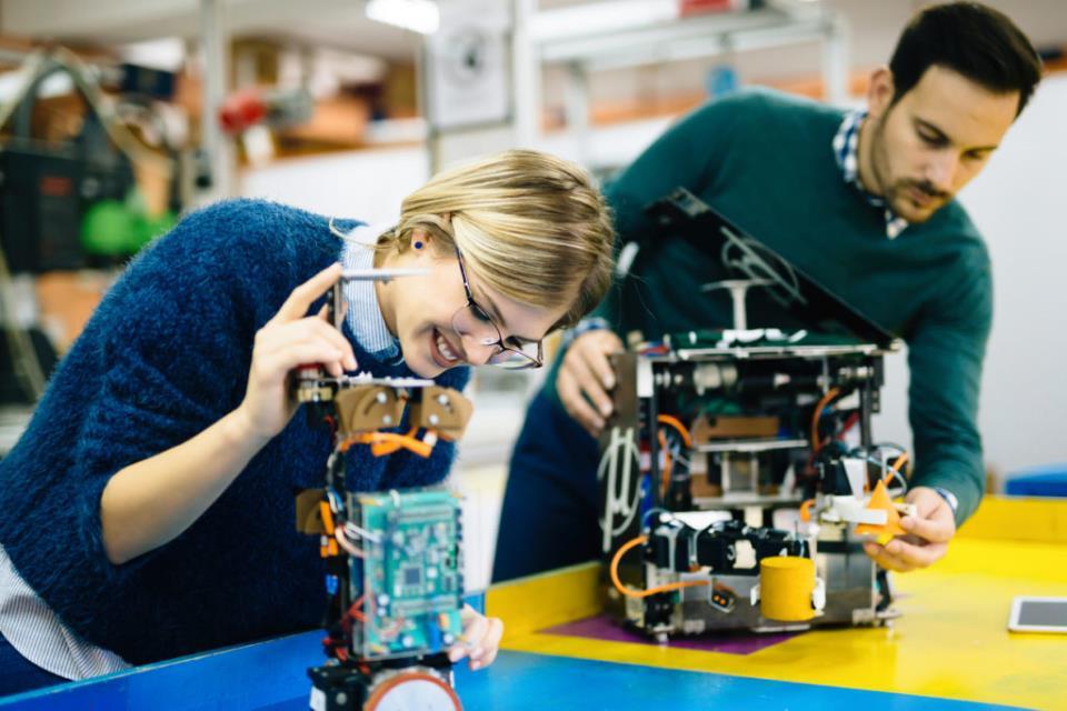 Robotics engineer students teamwork on project