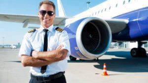 сколько зарплата у пилота пассажирского самолета