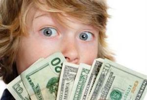 Подросток получил зарплату