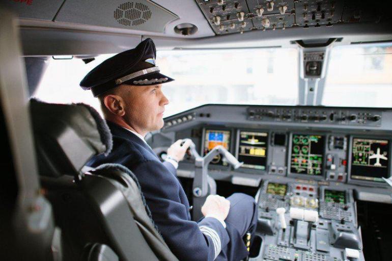 Зарплата пилота гражданской авиации