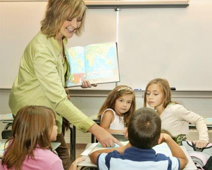 С этим не поспоришь, педагог и воспитатель - чисто женские профессии!